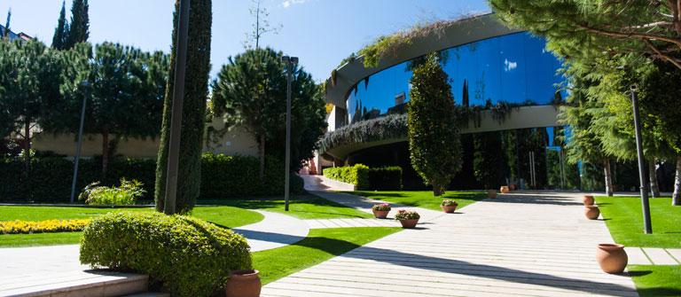 IESE Business School - University of Navarra